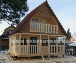 Дачный дом из профилированного бруса.